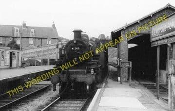 Blandford Forum Railway Station Photo. Shillingstone - Spetisbury. S&DJR. (1)..