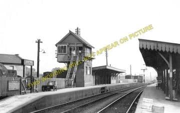 Blandford Forum Railway Station Photo. Shillingstone - Spetisbury. S&DJR. (3)