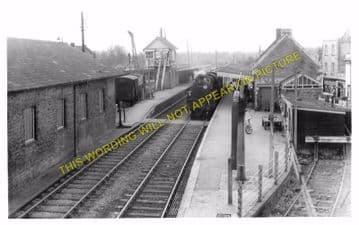Blandford Forum Railway Station Photo. Shillingstone - Spetisbury. S&DJR. (8)