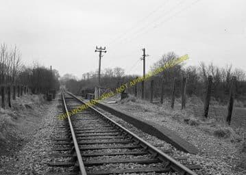 Bledlow Bridge Railway Station Photo. Princes Risborough - Chinnor. GWR. (2)..
