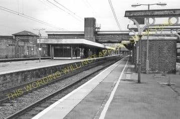 Bletchley Railway Station Photo. Leighton Buzzard - Milton Keynes. L&NWR (25)