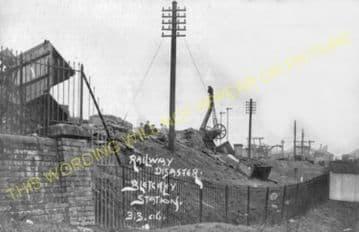Bletchley Railway Station Photo. Leighton Buzzard - Milton Keynes. L&NWR (27)