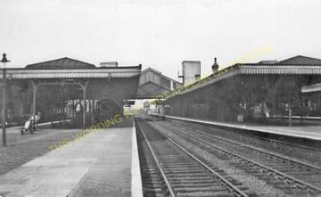 Bletchley Railway Station Photo. Leighton Buzzard - Milton Keynes. L&NWR (28)