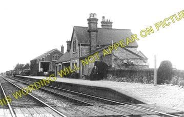 Blunham Railway Station Photo. Sandy - Willington. Bedford Line. L&NWR. (1)..