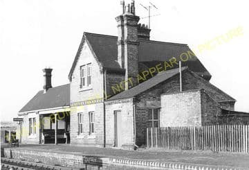 Blunham Railway Station Photo. Sandy - Willington. Bedford Line. L&NWR. (15)