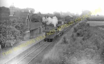 Bluntisham Railway Station Photo. St. Ives - Earith Bridge. Huntingdon Line (10)