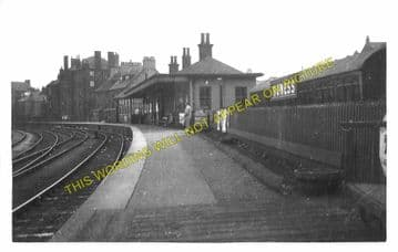 Bo'ness Railway Station Photo. Kinneil - Bridgeness. Manuel Line. NBR. (2)