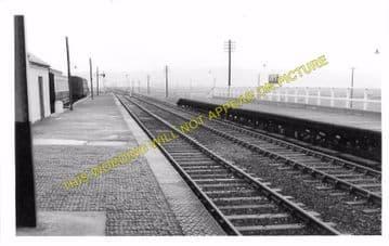 Borth Railway Station Photo. Glandyfi - Llandre. Machynlleth to Aberyswyth. (5)