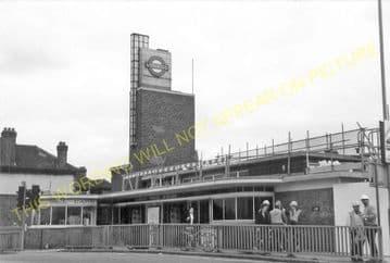Boston Manor Railway Station Photo. Northfield - Osterley. Hounslow Line. (4)