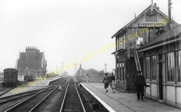 Bottesford Railway Station Photo. Sedgebrook - Elton. Grantham to Nottingham (4)