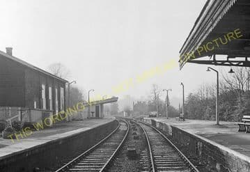 Bourne End Railway Station Photo. Wooburn Green to Cookham and Marlow Lines (14)