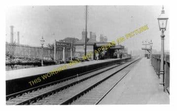 Bournville Railway Station Photo. King's Norton - Selly Oak. Birmingham Line (1)..