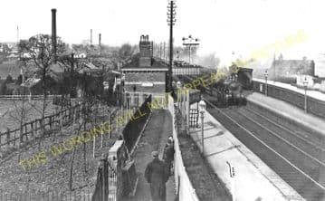Bournville Railway Station Photo. King's Norton - Selly Oak. Birmingham Line (2)