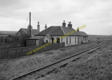 Bower Railway Station Photo. Georgemas - Watten. Thurso to Wick. Highland. (2)
