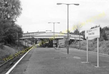 Bowes Park Railway Station Photo. Alexandra Palace - Palmers Green. GNR. (4)
