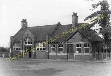 Brackley Central Railway Station Photo. Finmere - Helmdon. Great Central. (3)