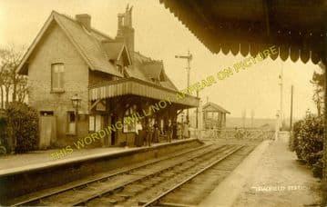 Bradfield Railway Station Photo. Mistley - Wrabness. Manningtree to Harwich. (2).