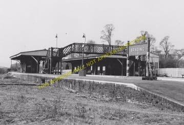 Brading Railway Station Photo. Sandown to Bembridge & Ryde Lines. (11)