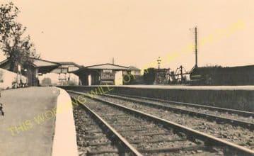 Brading Railway Station Photo. Sandown to Bembridge & Ryde Lines. (22)