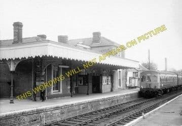 Braintree & Bocking Railway Station Photo. Cressing - Rayne. Felstead Line. (1)