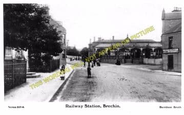 Brechin Railway Station Photo. Bridge of Dun to Careston and Edzell. (2)