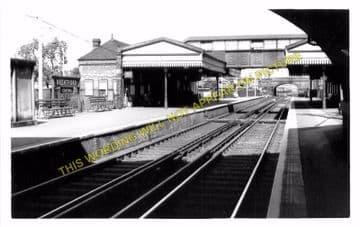 Brentford Central Railway Station Photo. Isleworth - Kew Bridge. L&SWR. (4)