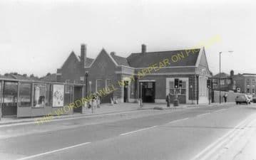 Brentwood & Warley Railway Station Photo. Harold Wood - Shenfield & Hutton (19)