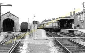 Bridport Railway Station Photo. West Bay - Powerstock. Maiden Newton Line. (20)