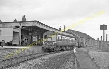 Bridport Railway Station Photo. West Bay - Powerstock. Maiden Newton Line. (29)
