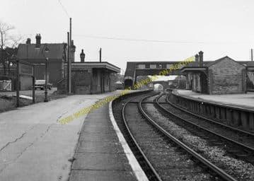 Broadstone Railway Station Photo. Wimborne to Poole and Hamworthy Lines. (4)