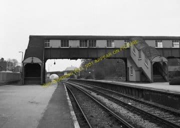 Broadstone Railway Station Photo. Wimborne to Poole and Hamworthy Lines. (5)