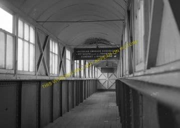Broadstone Railway Station Photo. Wimborne to Poole and Hamworthy Lines. (8)