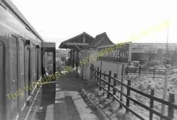 Bromham & Rowde Railway Station Photo. Devizes - Seend. Patney to Holt. GWR (11).