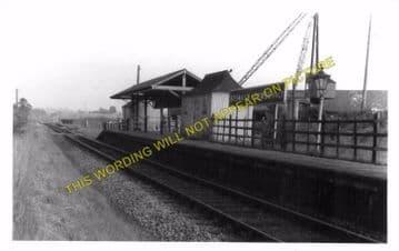 Bromham & Rowde Railway Station Photo. Devizes - Seend. Patney to Holt. GWR (9)