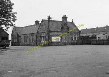 Brora Railway Station Photo. Golspie - Loth. The Mound to  Helmsdale. (11)