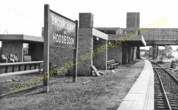 Broxbourne & Hoddesdon Railway Station Photo. Cheshunt to Rye House. (13)