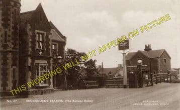 Broxbourne & Hoddesdon Railway Station Photo. Cheshunt to Rye House. (5)