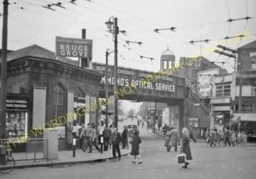 Bruce Grove Railway Station Photo. Seven Sisters - Lower Edmonton. (4).