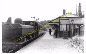 Brynamman West Railway Station Photo. Garnant and Pantyffynnon Line. GWR. (6)