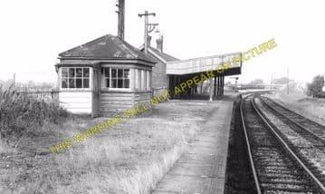 Bulford Railway Station Photo. Amesbury, Newton Tony and Grateley Line. (5)