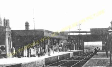 Bush Hill Park Railway Station Photo. Edmonton - Enfield Town. Great Eastern (5)