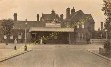 Bush Hill Park Railway Station Photo. Edmonton - Enfield Town. Great Eastern (6)