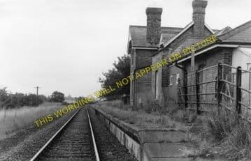 Buxton Lamas Railway Station Photo. Aylsham - Coltishall. Wroxham Line. (1)..