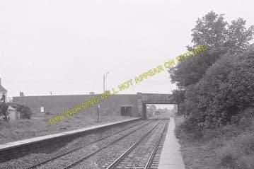 Bynea Railway Station Photo. Llanelly - Llangennech. Pontardulais Line. GWR. (3)