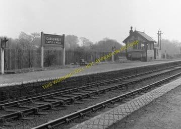 Caergwrle Castle Railway Station Photo. Cefn-y-Bedd - Hope Village. GCR. (4)