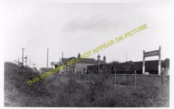 Calbourne & Shalfleet Railway Station Photo. Carisbrooke - Ningwood. (5)
