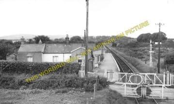 Calbourne & Shalfleet Railway Station Photo. Carisbrooke - Ningwood. (6)