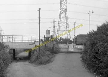Caldicot Railway Station Photo. Portskewett - Severn Tunnel Junction. GWR. (4)
