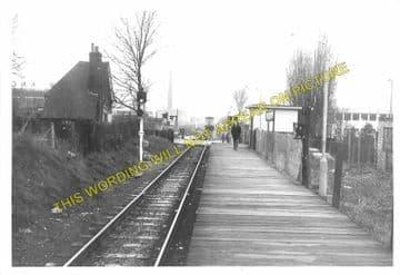 Callowland Railway Station Photo. Watford - Brickett Wood and St. Albans. (2)