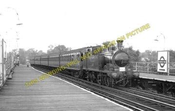Canons Park Railway Station Photo. Harrow - Stanmore. Metropolitan Railway. (1)..